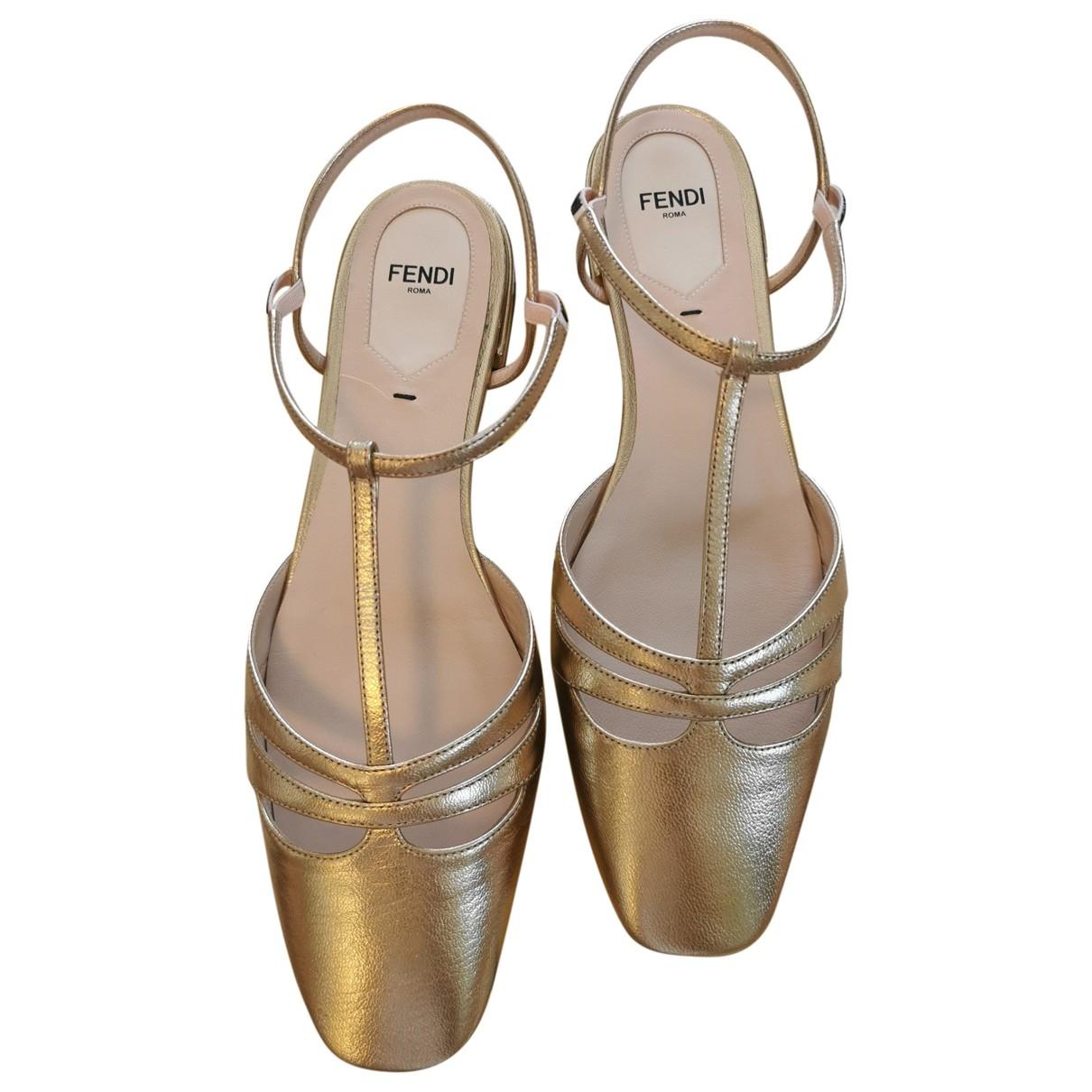 Fendi \N Ballerinas in  Gold Leder