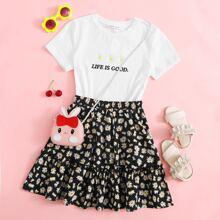 T-Shirt mit Bluemchen Muster, Buchstaben Muster und Stickereien & Rock mit Raffungsaum