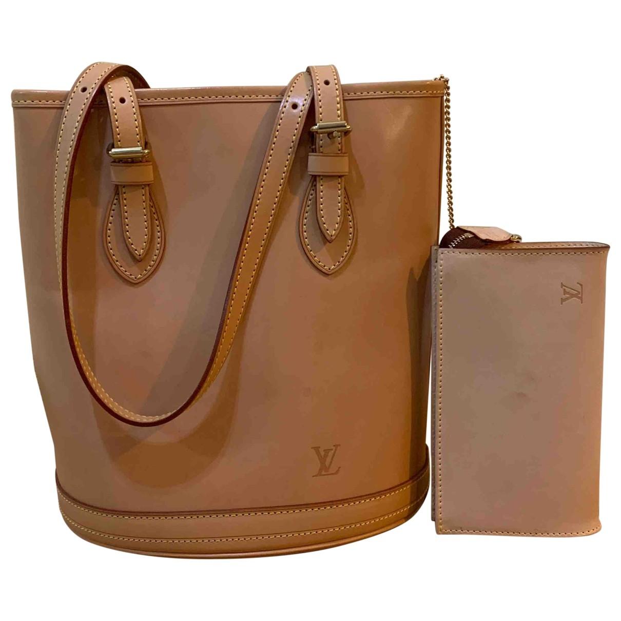 Louis Vuitton Bucket  Beige Leather handbag for Women \N