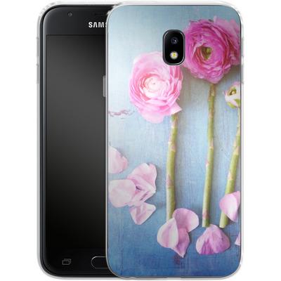 Samsung Galaxy J3 (2017) Silikon Handyhuelle - Cottage Flowers von Joy StClaire