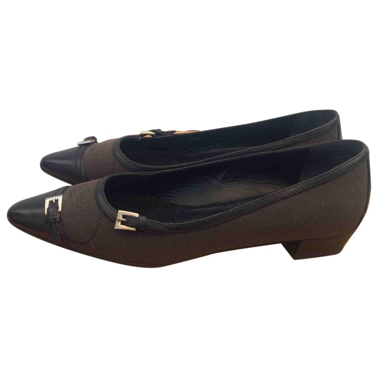 Prada \N Brown Cloth Ballet flats for Women 35.5 EU