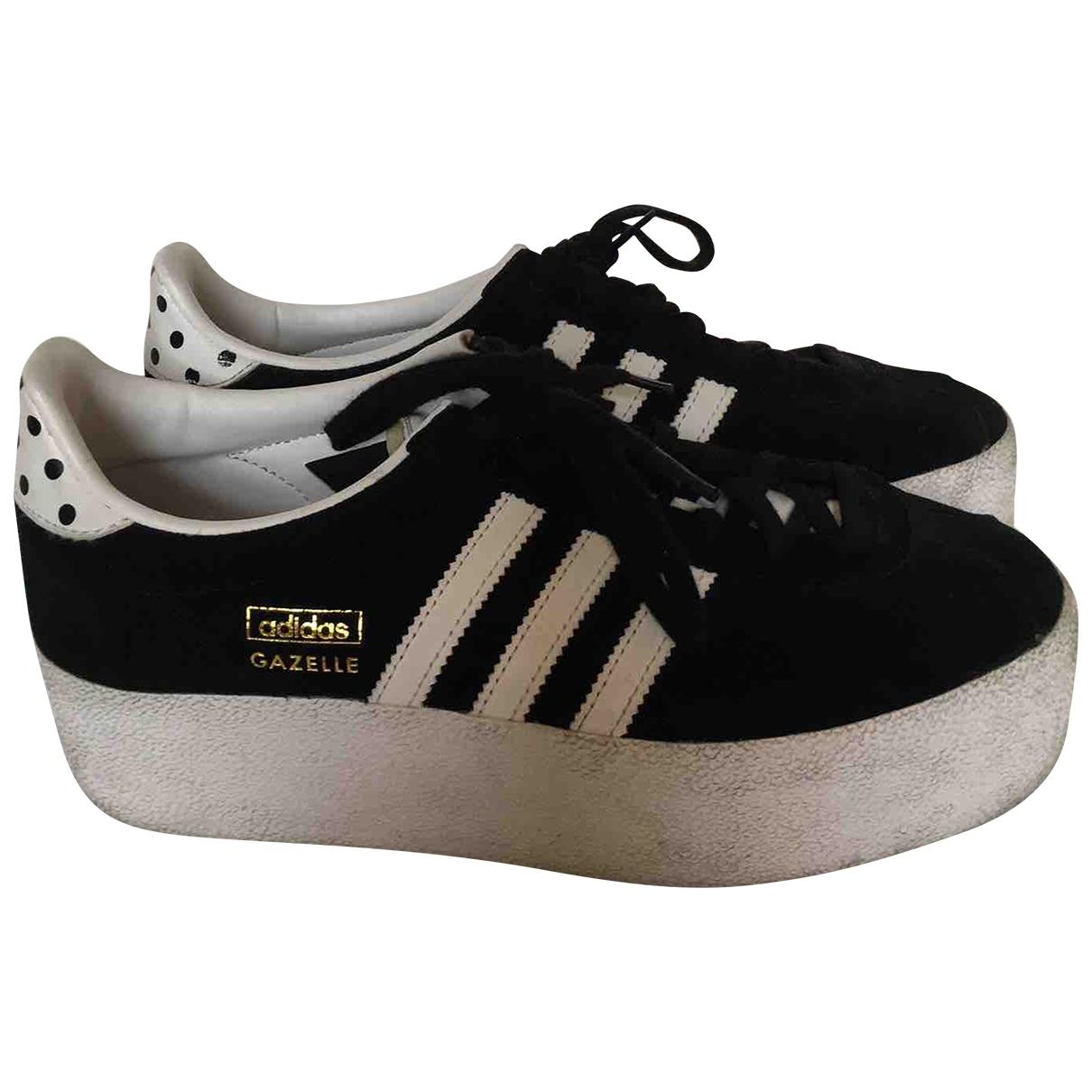 Adidas - Derbies Gazelle pour femme en suede - noir