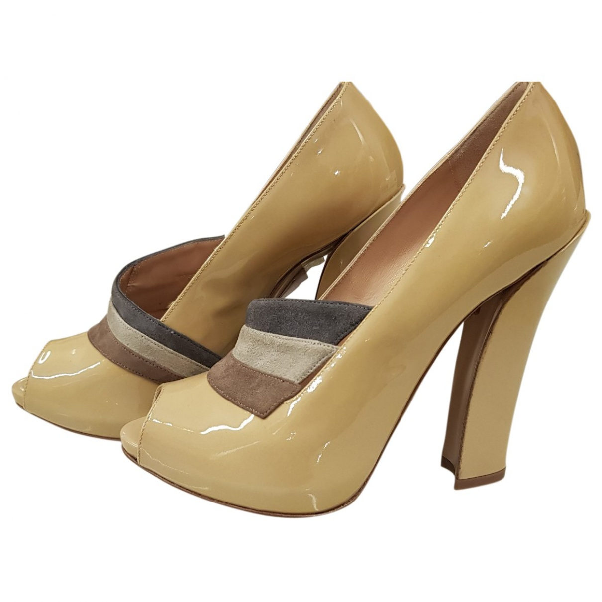 Emporio Armani \N Beige Patent leather Heels for Women 37 EU