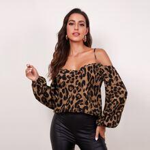 Schulterfreies Top mit Bischofaermeln und Leopard Muster