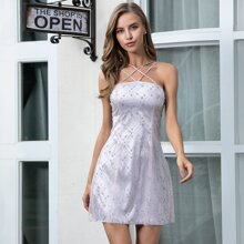 Kleid mit Riemen hinten, Pailletten und Netzstoff