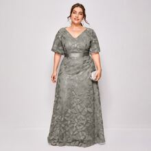 Plus Leaf Embroidery Mesh Overlay Maxi Dress