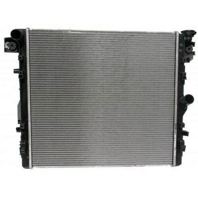 Jeep Replacement Radiator - 68143886AA