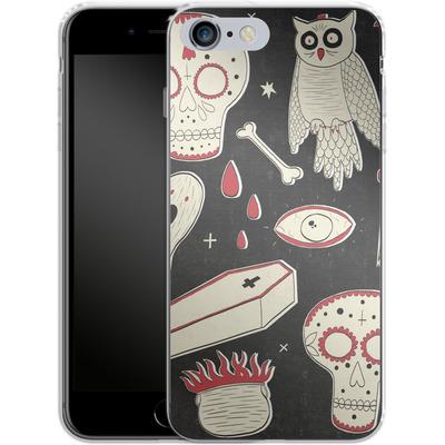 Apple iPhone 6 Plus Silikon Handyhuelle - Halloween Essentials von caseable Designs
