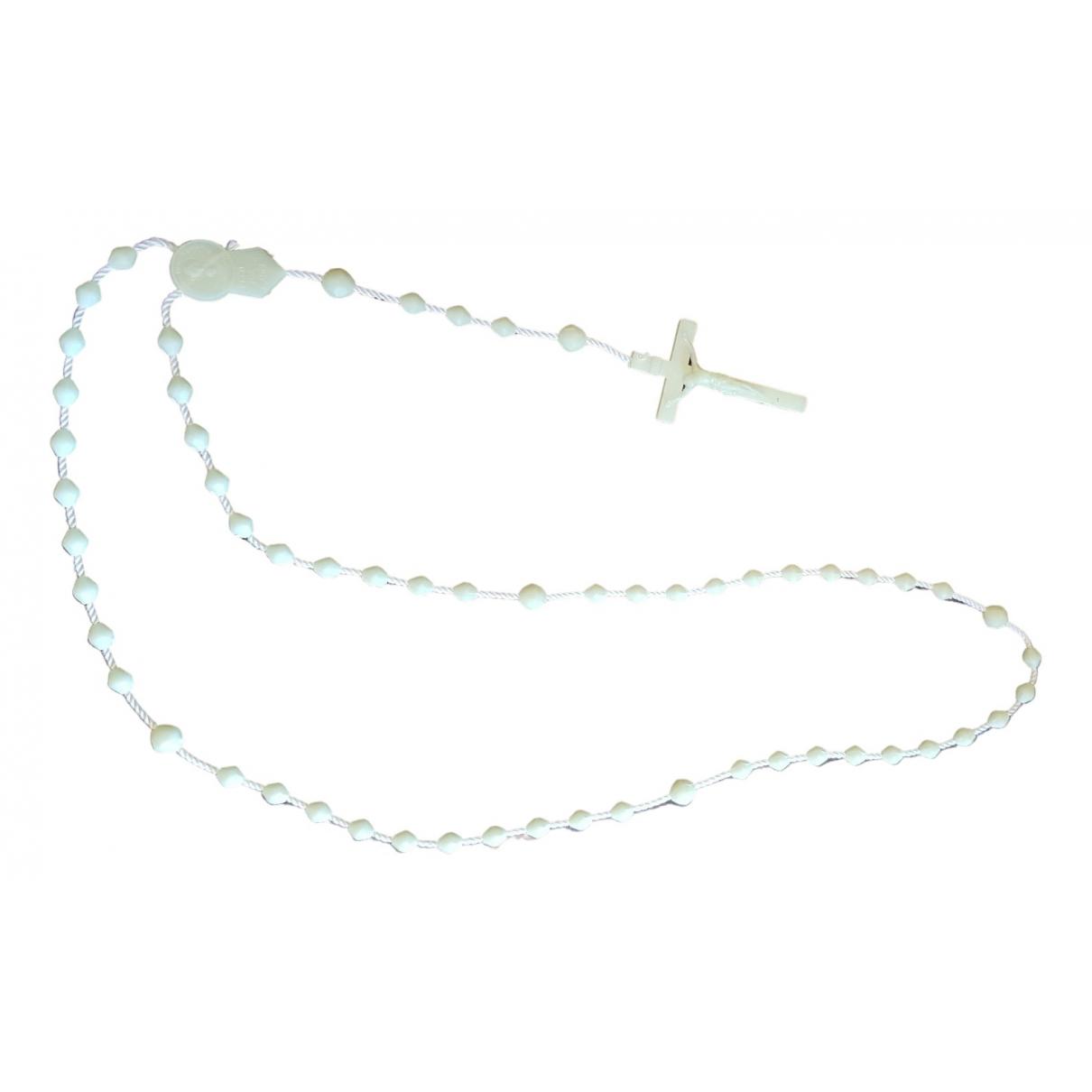Non Signe / Unsigned Motifs Religieux Halskette in  Weiss Kunststoff