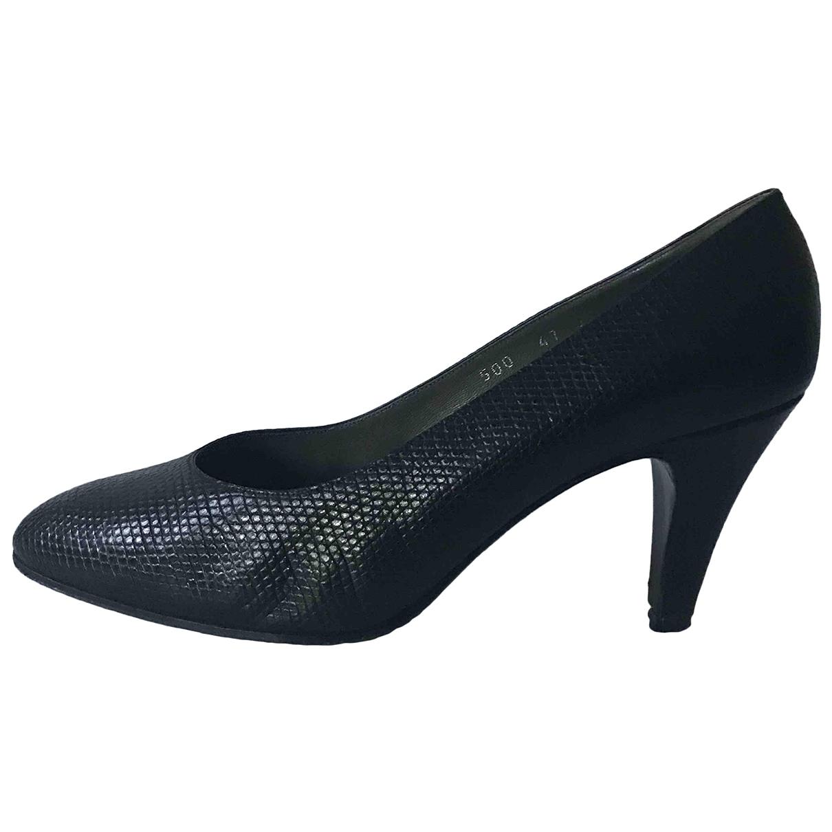 Celine - Escarpins   pour femme en serpent deau - noir