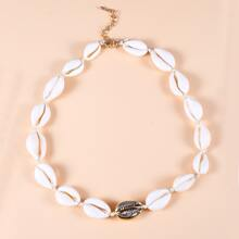 Seashell Decor Necklace
