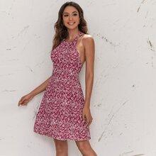 Kleid mit Neckholder, Ausschnitt hinten und Gaensebluemchen Muster