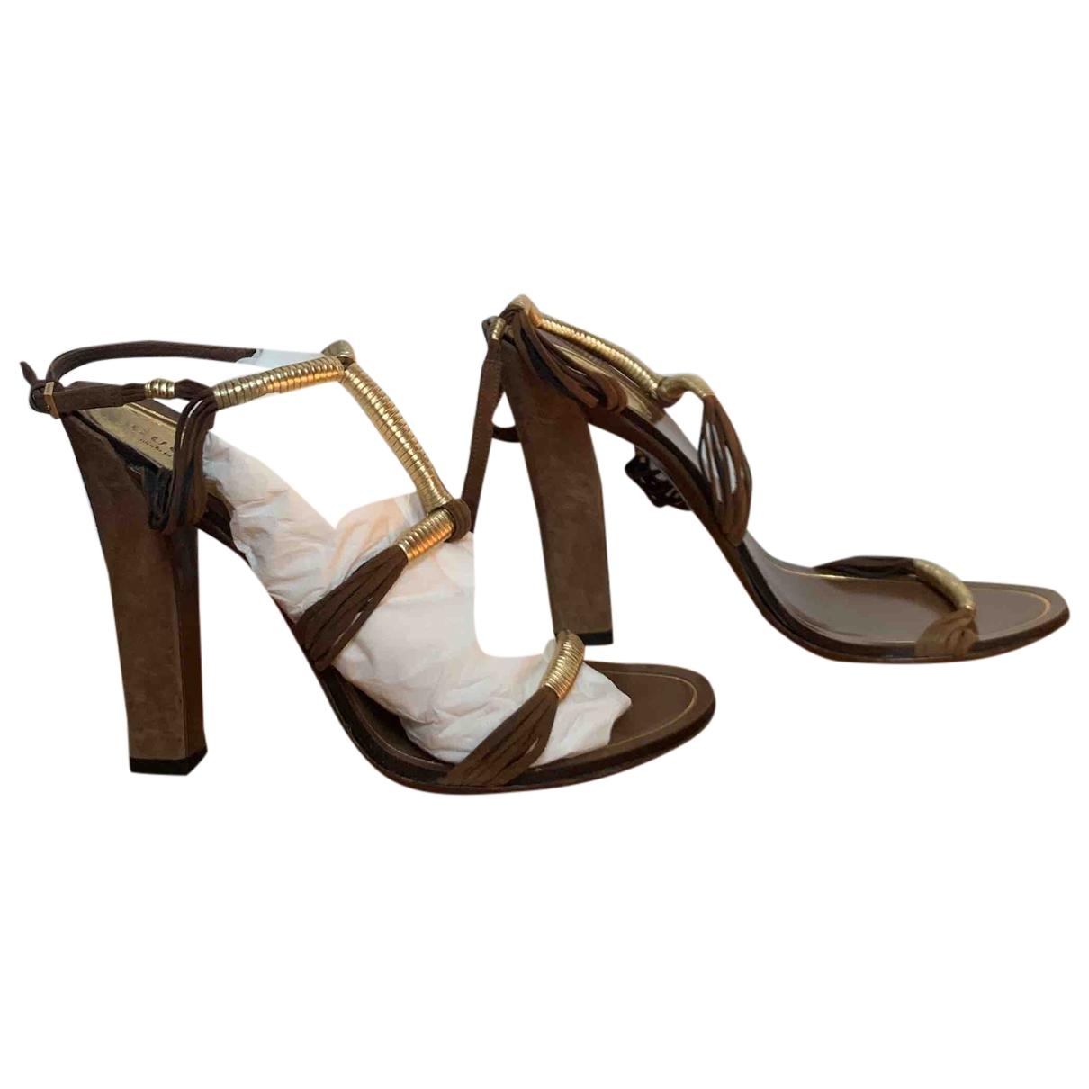 Gucci - Sandales   pour femme en suede - camel
