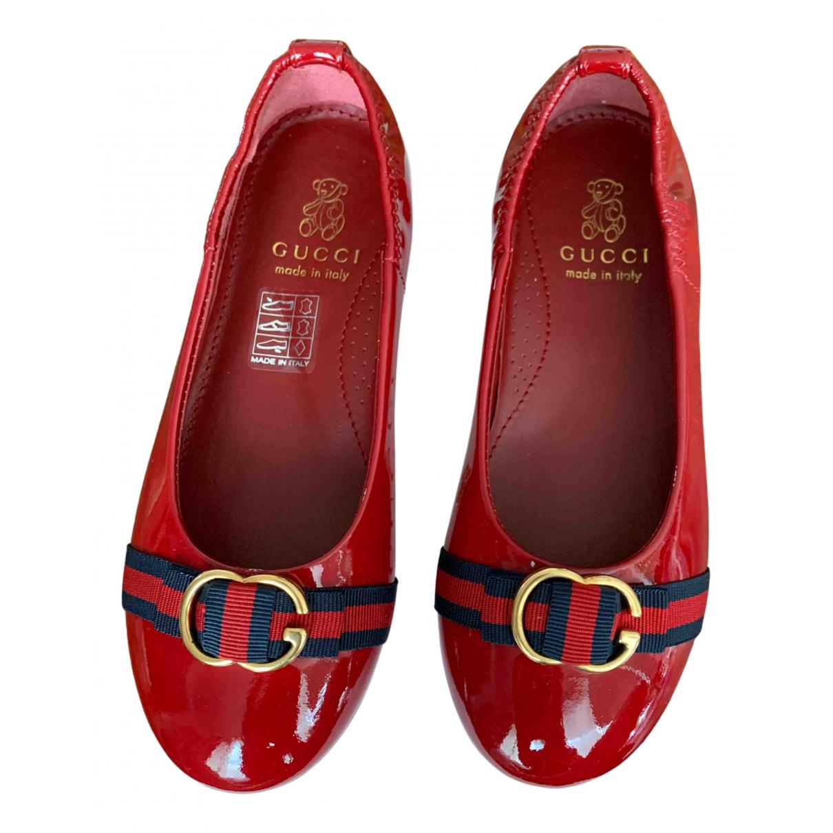 Gucci - Ballerines   pour enfant en cuir verni - rouge