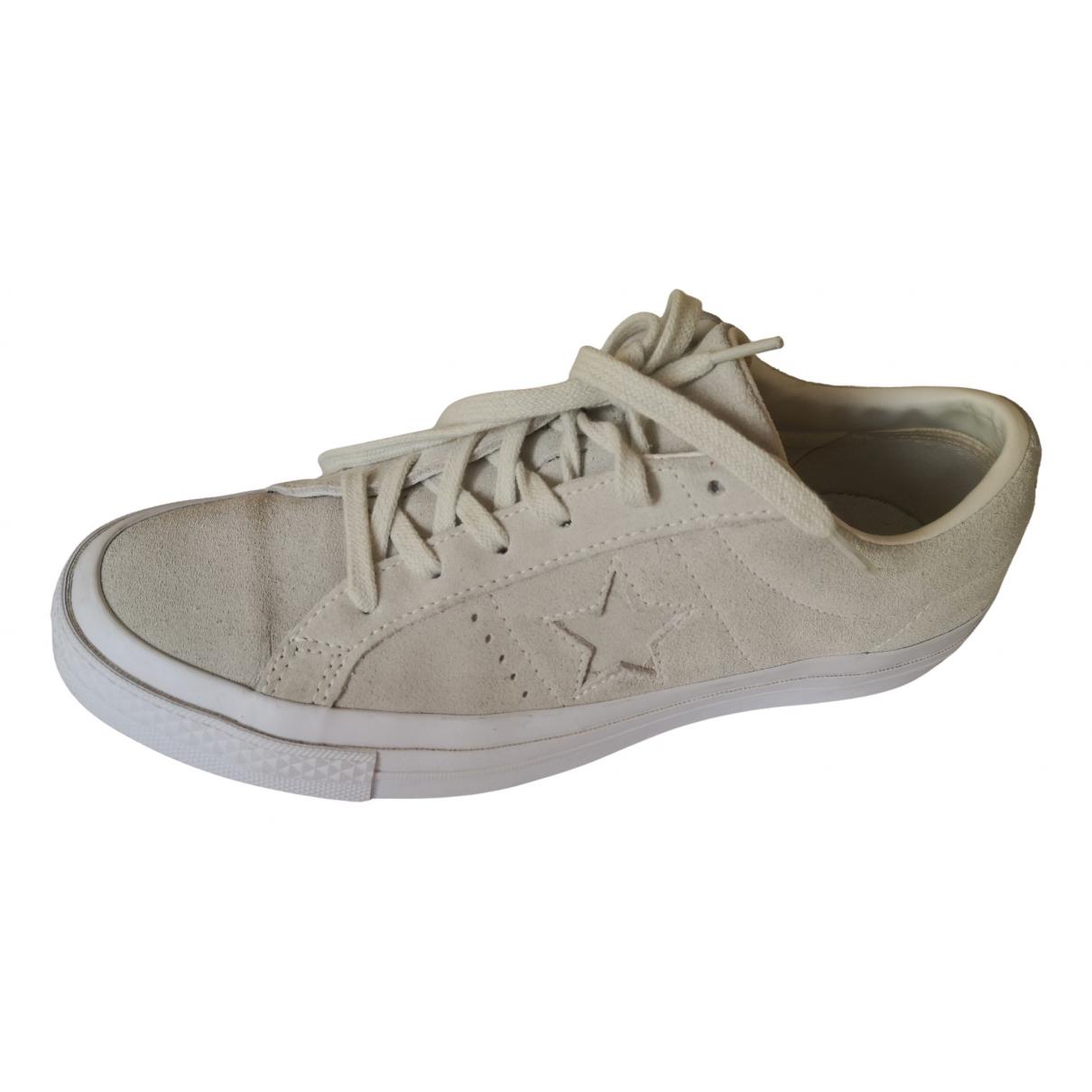 Converse \N Sneakers in  Ecru Veloursleder