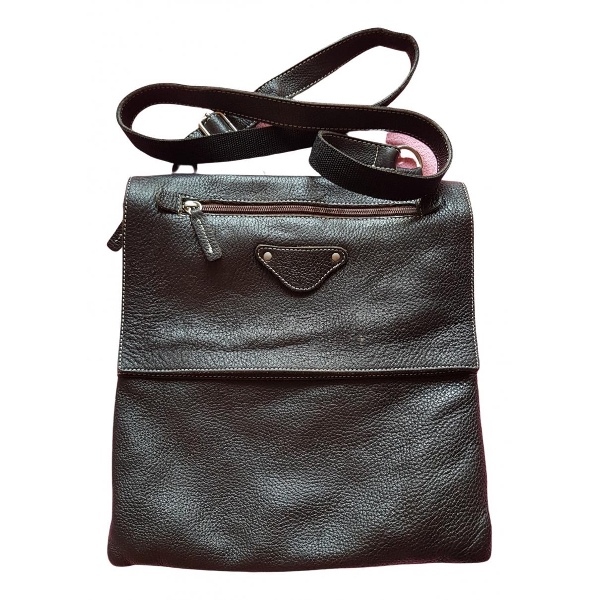 Non Signé / Unsigned \N Black Leather bag for Men \N