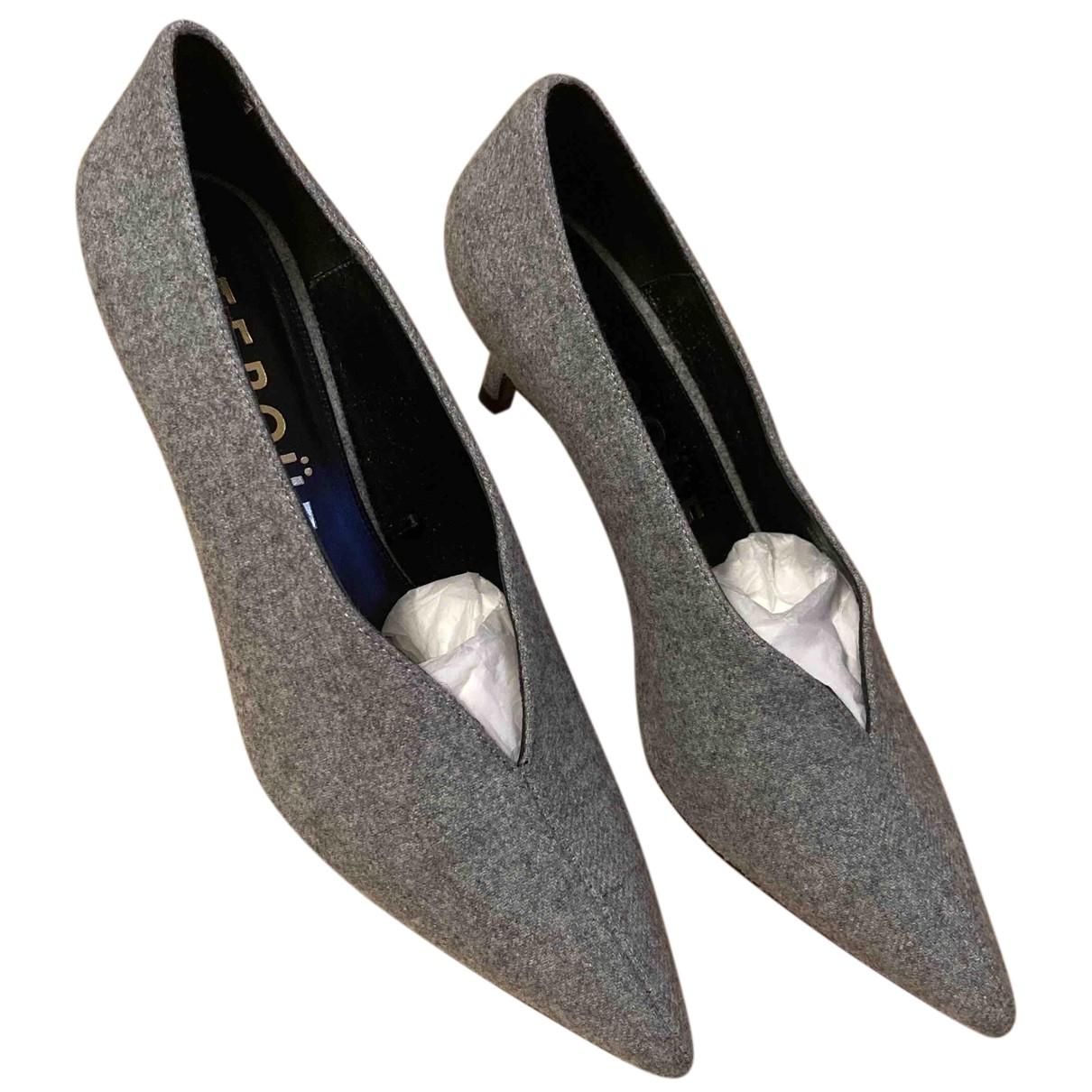 Uterque N Grey Cloth Heels for Women 41 EU