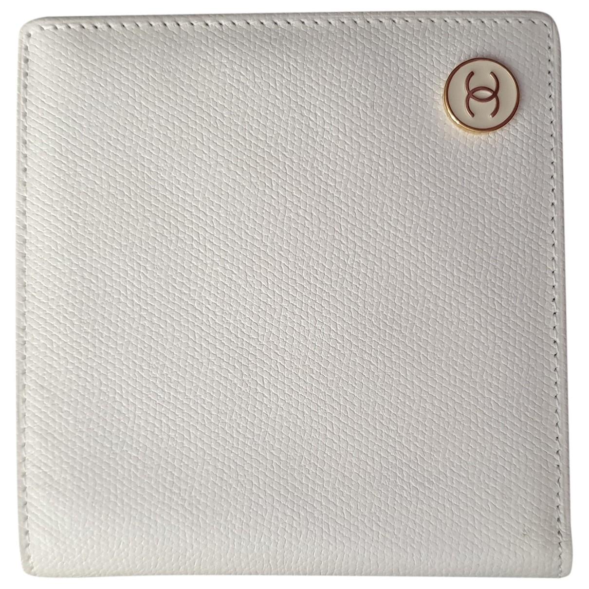 Chanel \N Ecru Leather wallet for Women \N