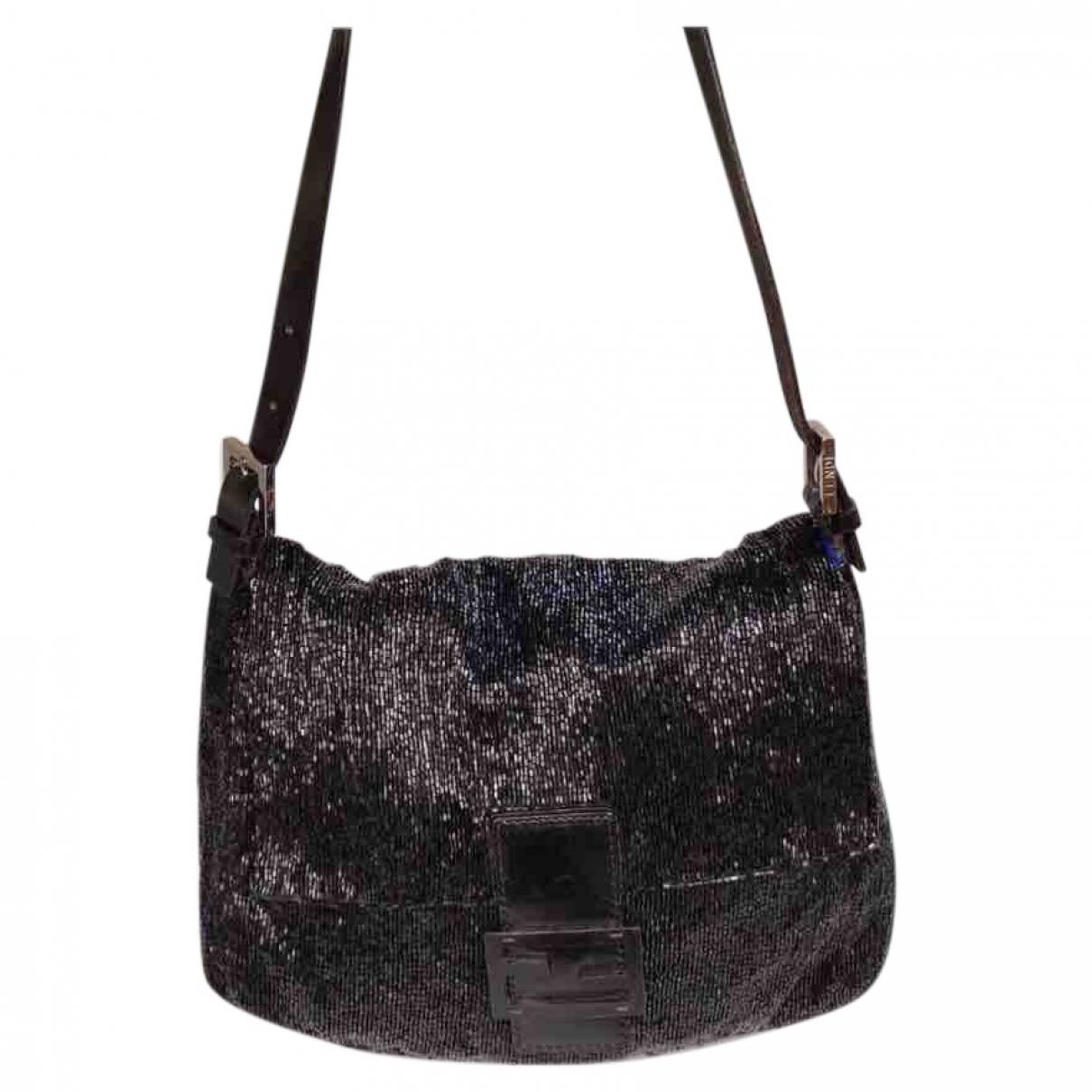 Fendi Mamma Baguette  Handtasche in  Schwarz Leinen
