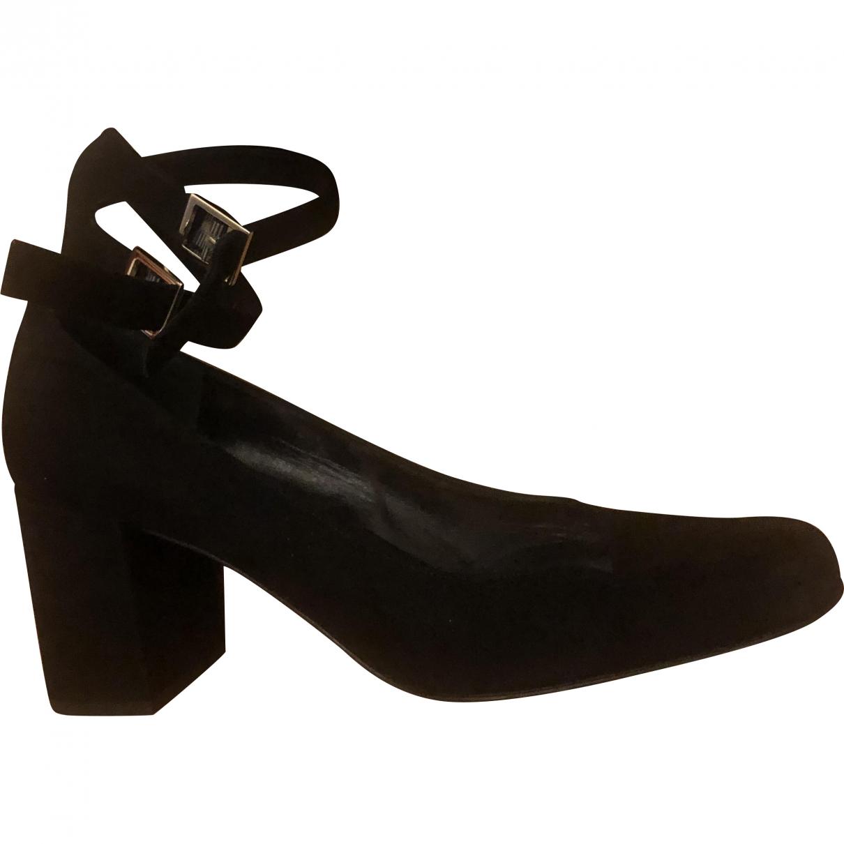 Saint Laurent \N Black Suede Heels for Women 39 EU