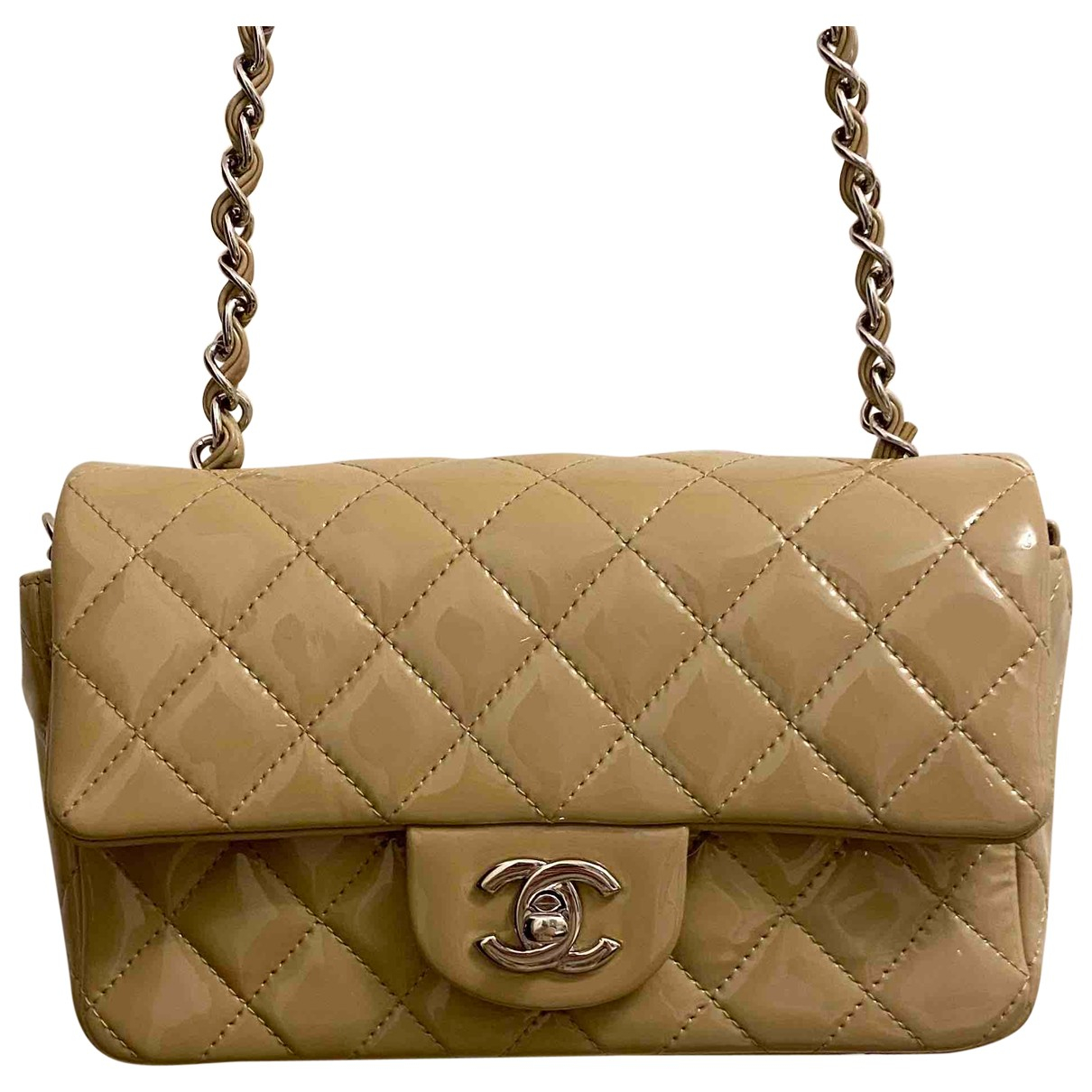Chanel Timeless/Classique Beige Patent leather handbag for Women \N