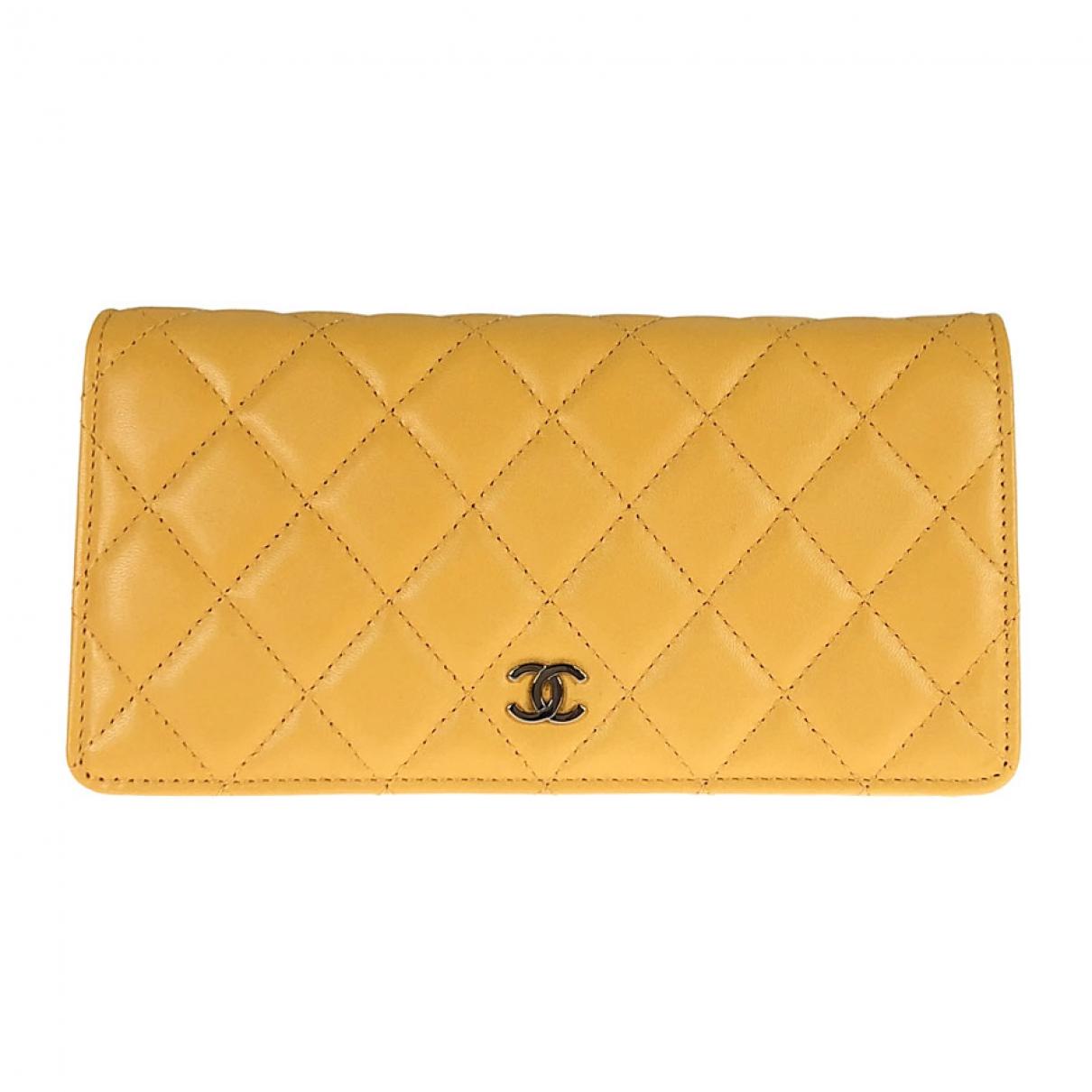 Chanel - Portefeuille Timeless/Classique pour femme en cuir - jaune