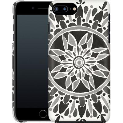 Apple iPhone 7 Plus Smartphone Huelle - Mandala Black von Cat Coquillette