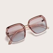 Gafas de sol de marco transparente