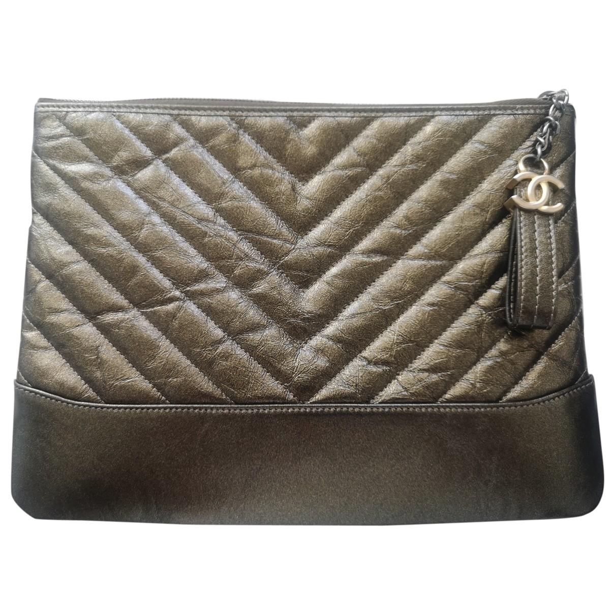 Chanel - Pochette Gabrielle pour femme en cuir - metallise