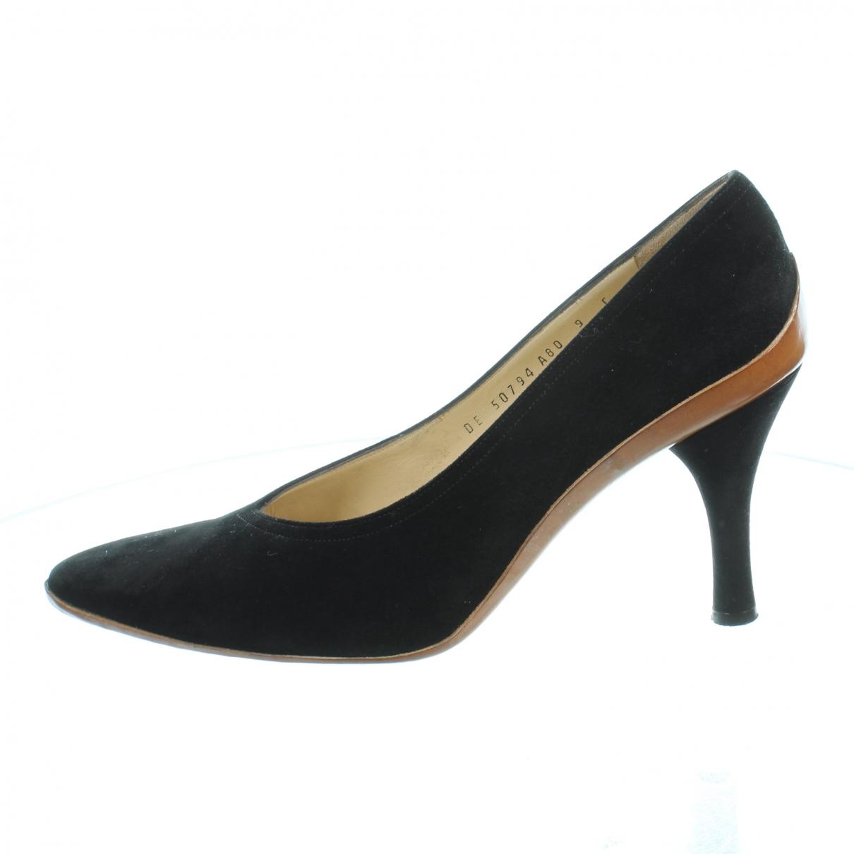 Salvatore Ferragamo \N Black Suede Heels for Women 9 US