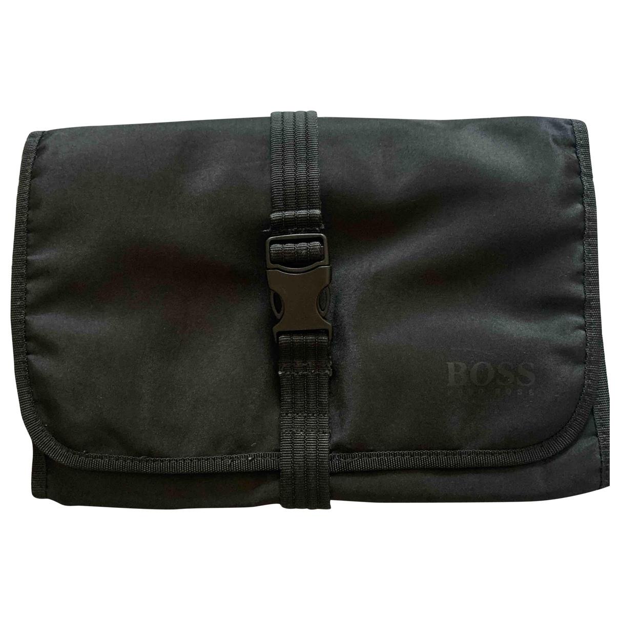 Hugo Boss \N Black Cloth Small bag, wallet & cases for Men \N
