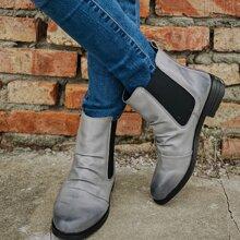 Chelsea Stiefel mit weiter Passform