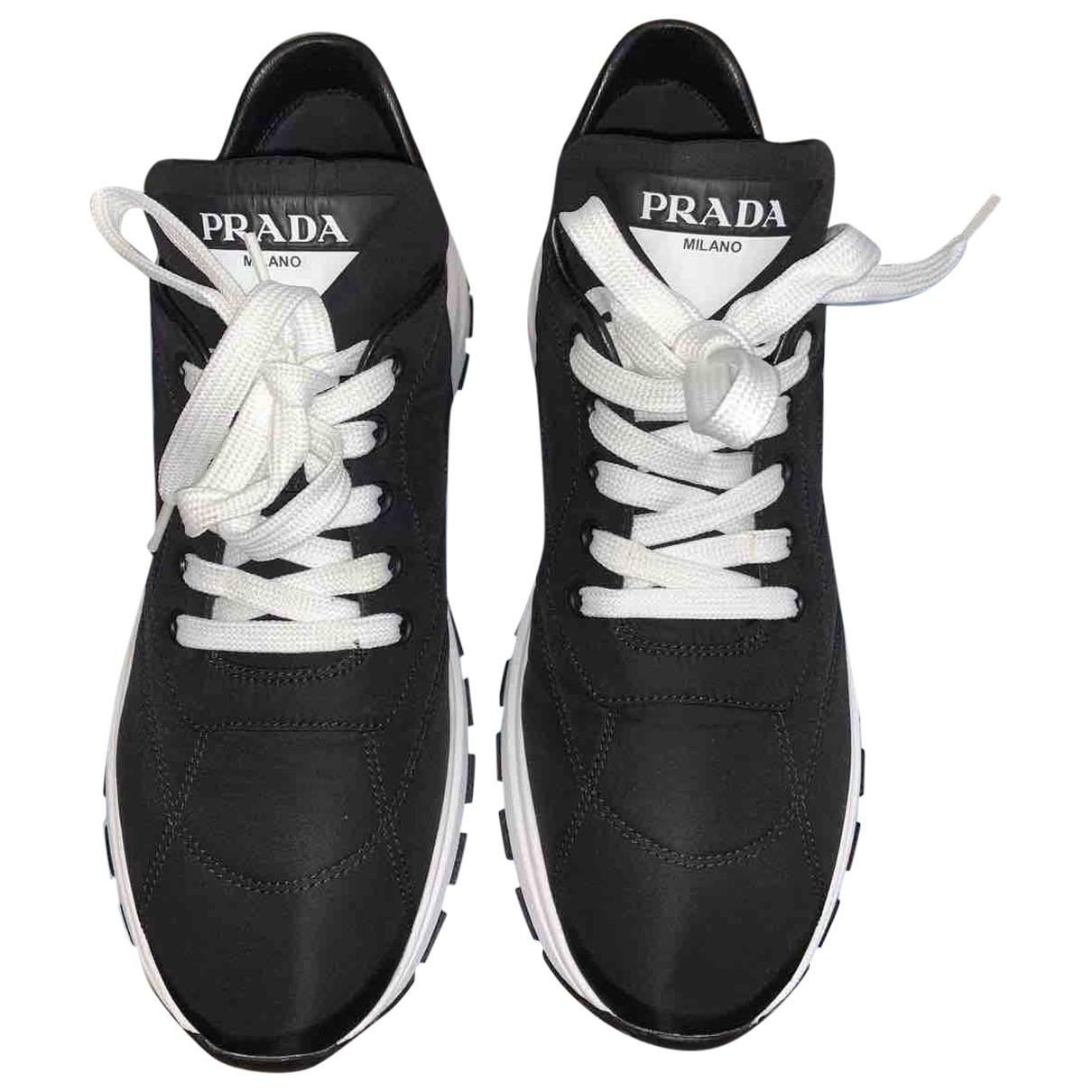 Prada \N Sneakers in  Schwarz Leinen