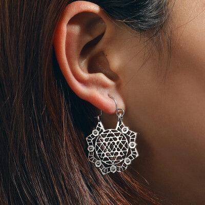 Bohemian Ethnic Hollow Earrings Geometry Flower Little Bee Gold Silver Ear Drop Womens Jewelry