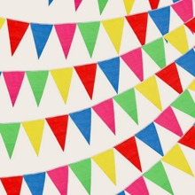 100 Stuecke zufaellige Farbe dreieckige Flagge Set