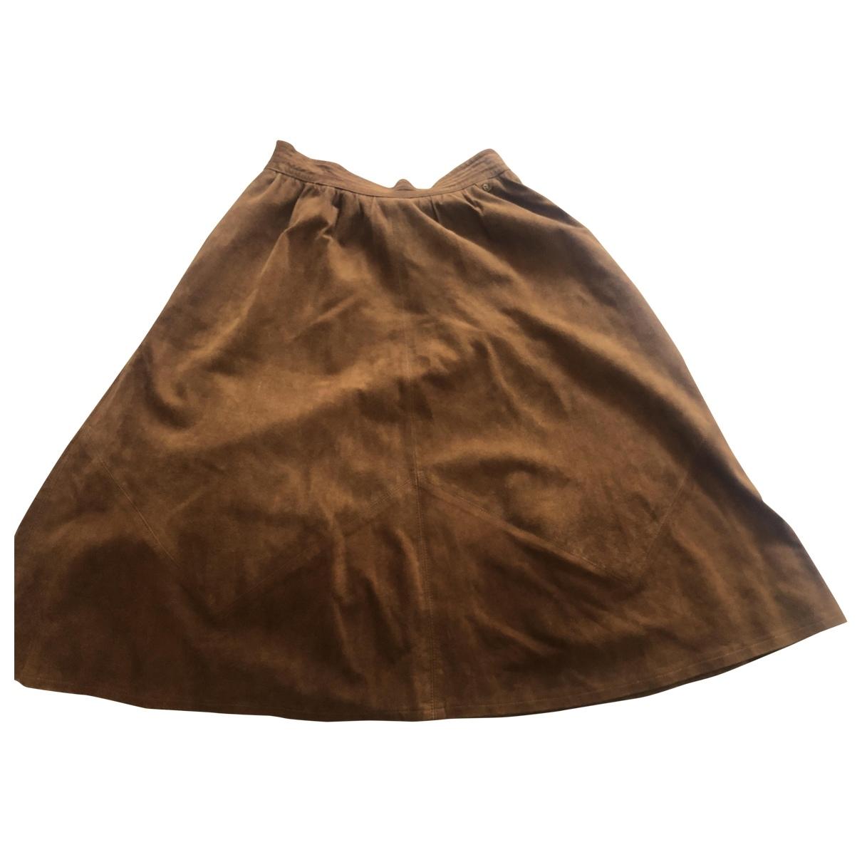 Etienne Aigner \N Camel Suede skirt for Women 42 IT