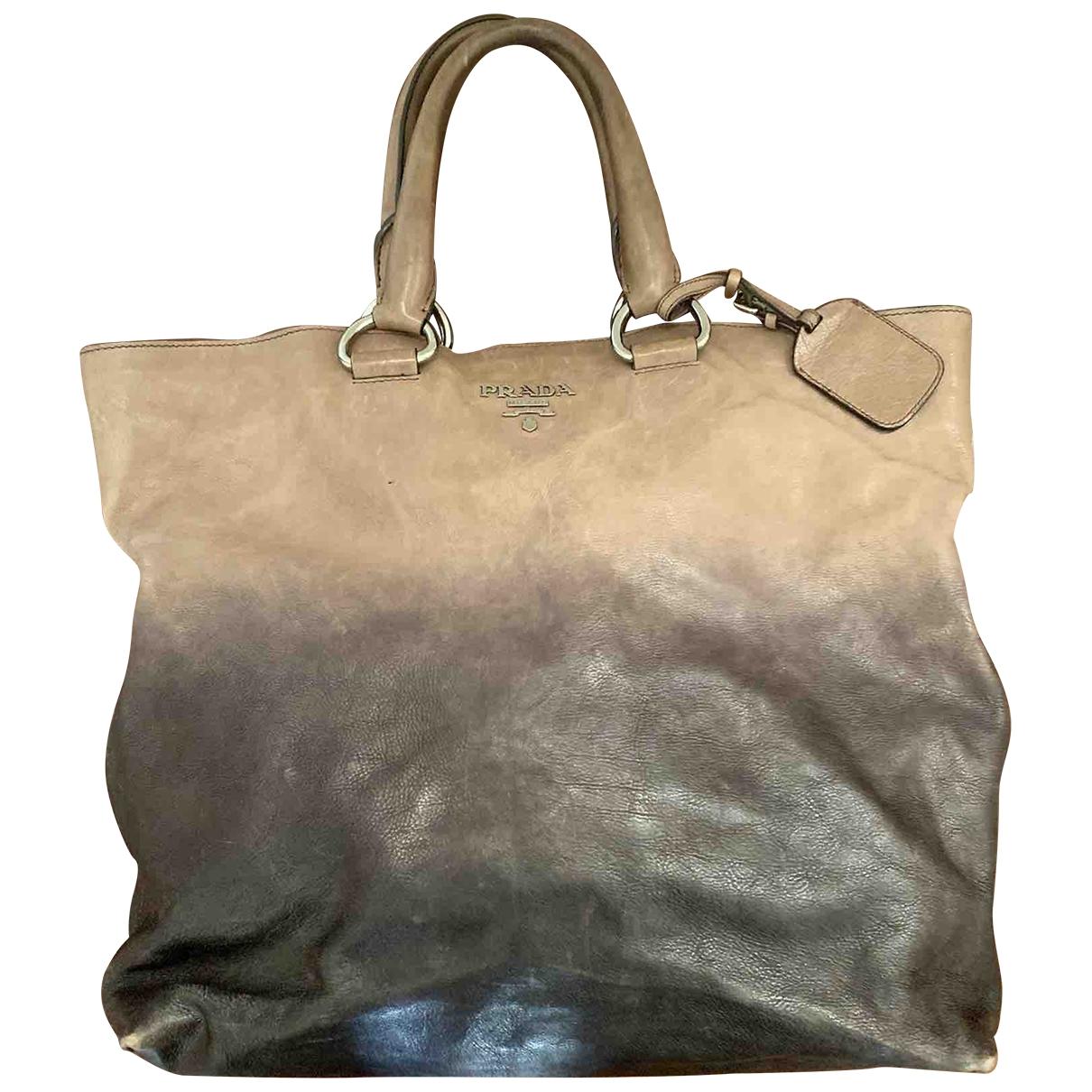 Prada \N Handtasche in  Anthrazit Leder