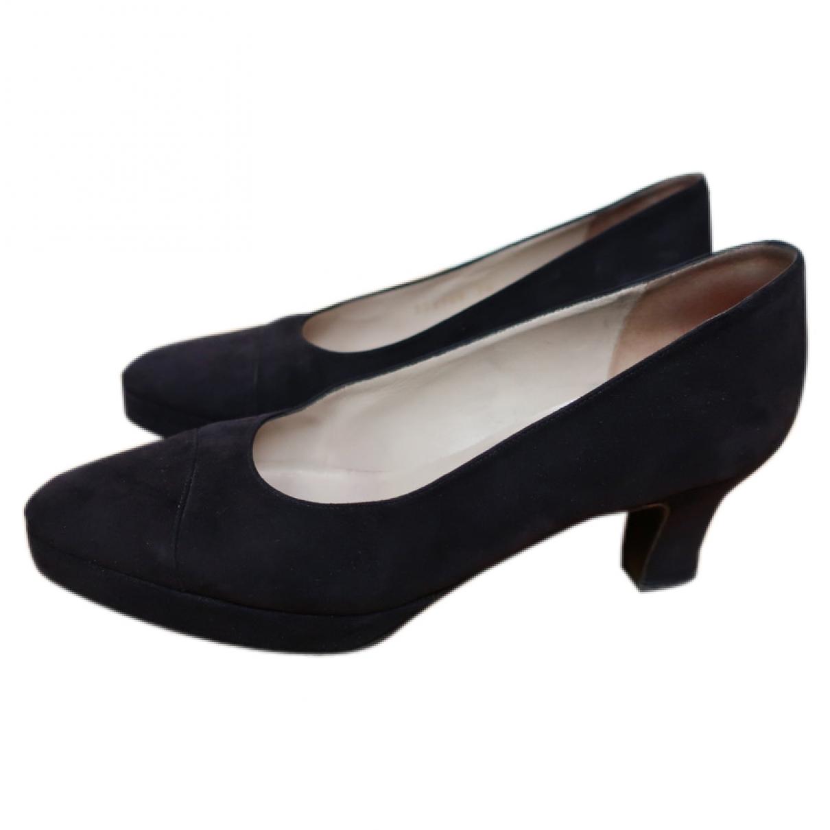 Chanel - Escarpins   pour femme en suede - noir