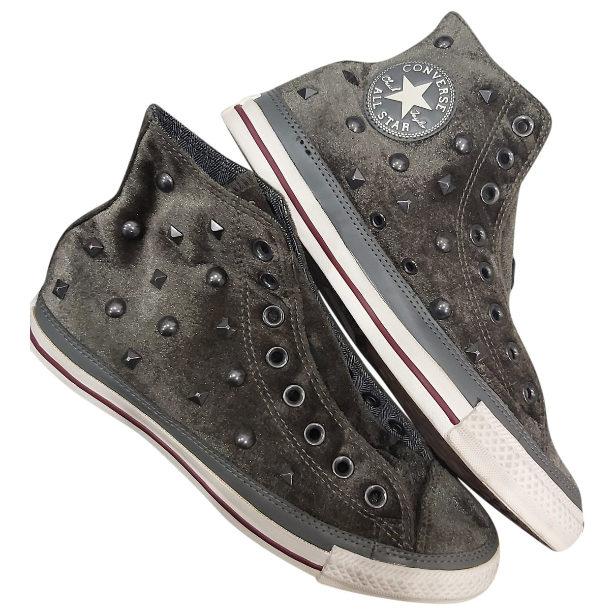 Converse \N Velvet Trainers for Women 7.5 UK