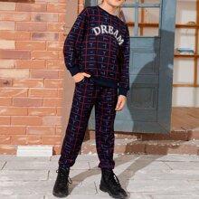 Pullover mit sehr tief angesetzter Schulterpartie und Muster & Jogginghose Set