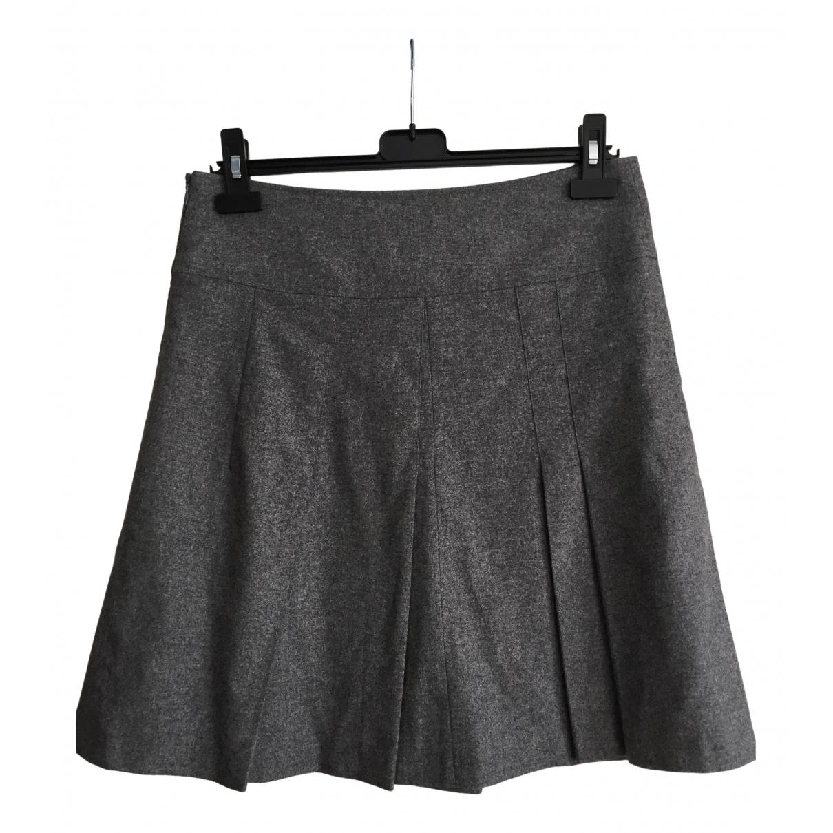 Burberry \N Grey Wool skirt for Women 8 UK