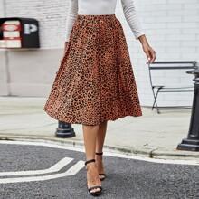Falda linea A con estampado de leopardo