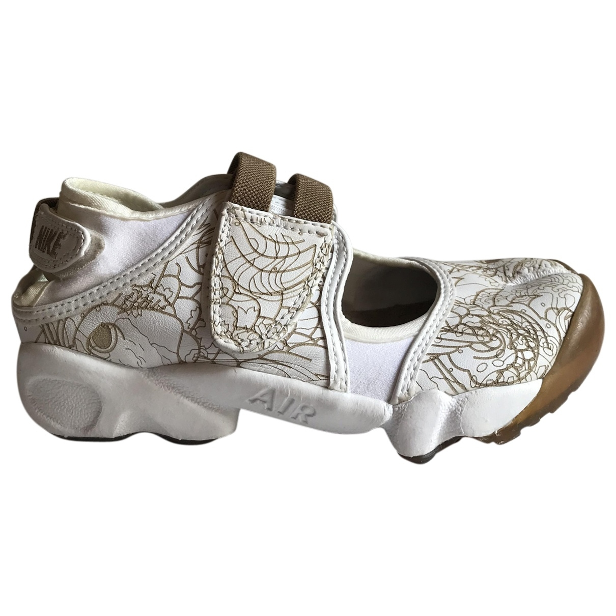 Nike \N Sneakers in  Weiss Leder