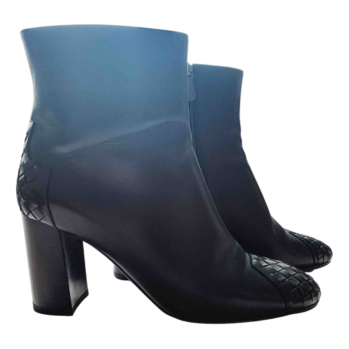 Bottega Veneta N Black Leather Ankle boots for Women 39.5 EU