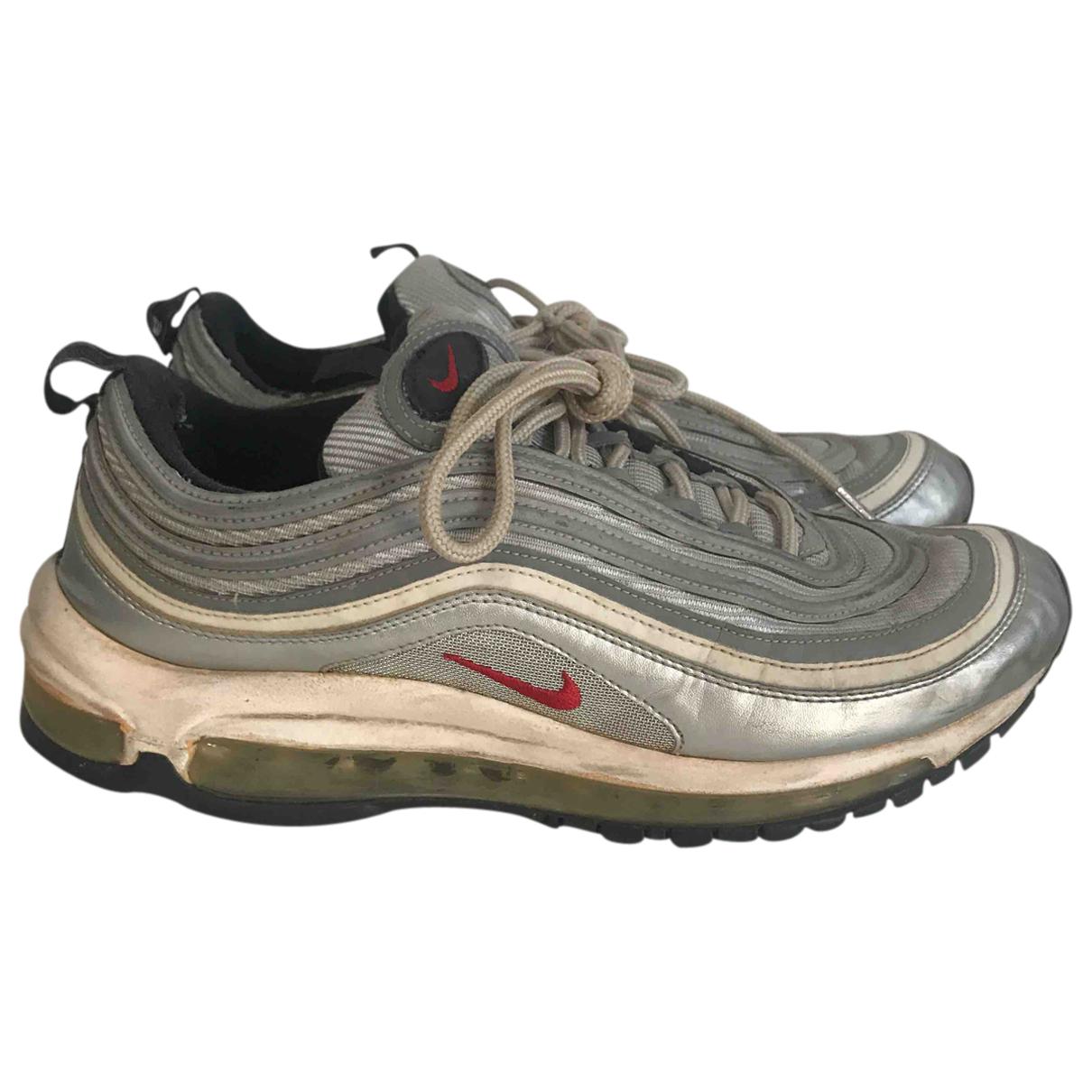 Nike Air Max  Sneakers in  Silber Leder