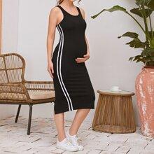 Maternity Tank Kleid mit Streifen und Schlitz hinten