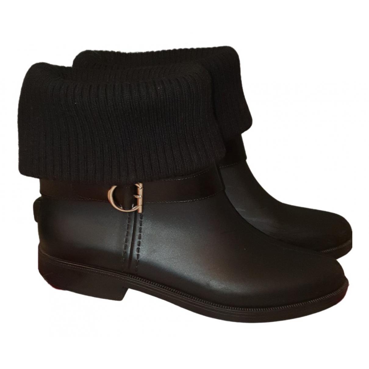 Salvatore Ferragamo \N Black Rubber Ankle boots for Women 9 UK