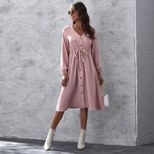 A-Linie Kleid mit Knopfen vorn und Kordelzug