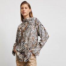 Bluse mit gemischtem Tier Muster und asymmetrischem Kragen