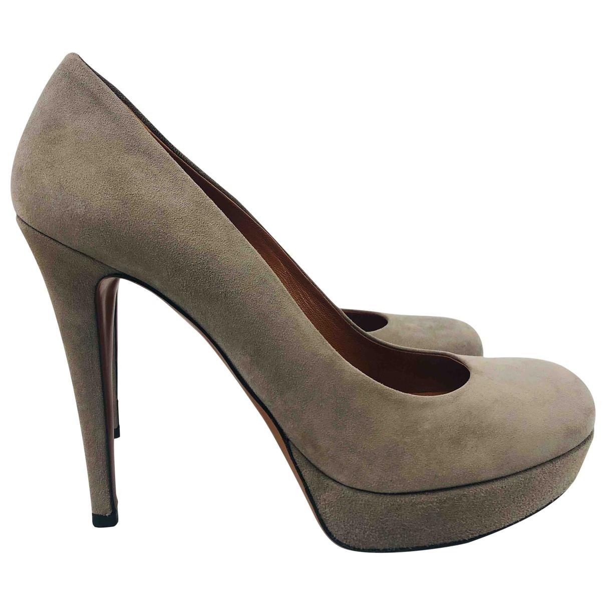 Gucci \N Grey Suede Heels for Women 38 EU